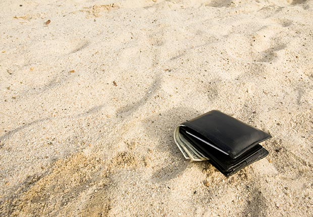 גניבות בחוף הים. צילום להמחשה בלבד