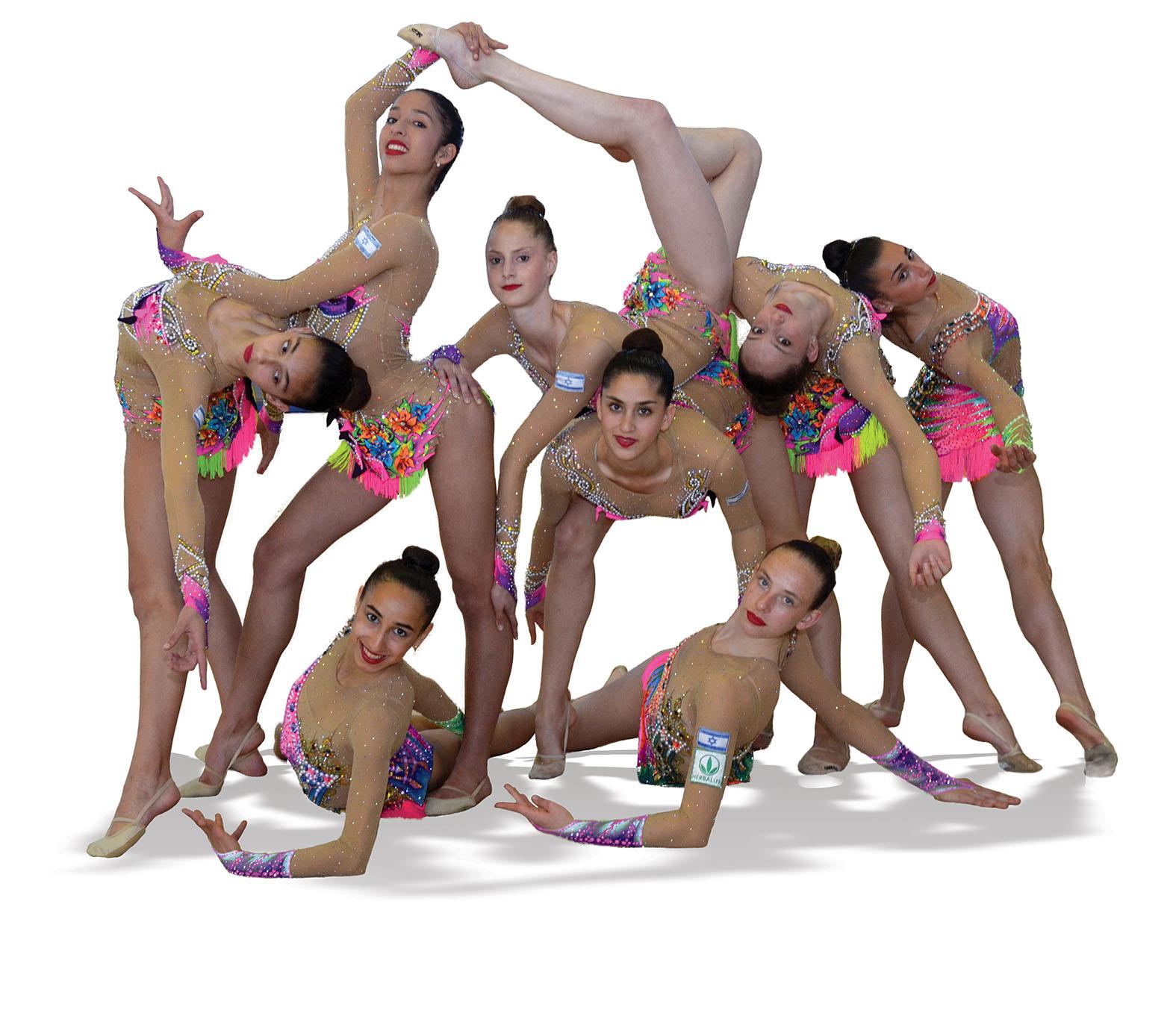 נבחרת ישראל בהתעמלות אמנותית. צילום-מיקי בוצאצו
