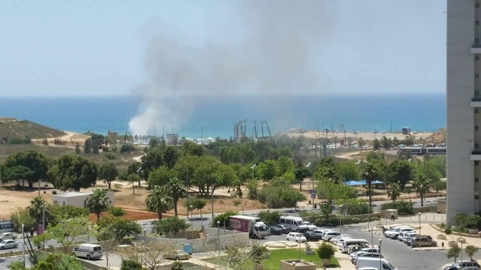 השריפה בחוף תאיו בת ים. צילום: פרטי