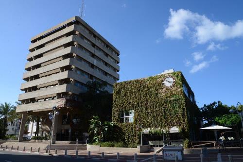 בניין עיריית חולון. צילום אלי נאמן