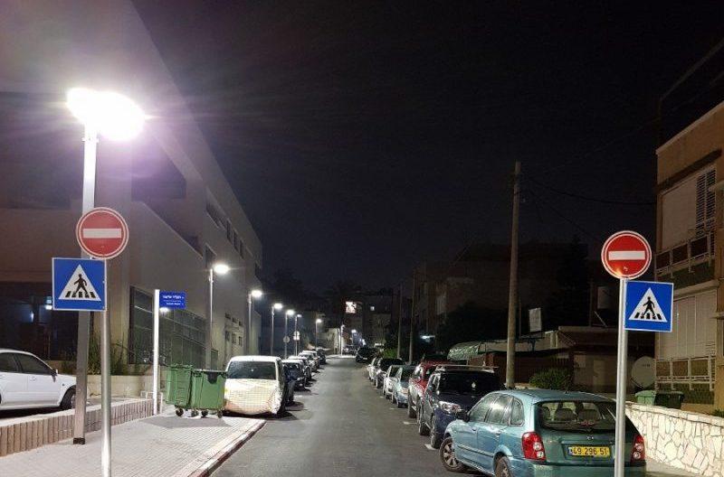 תאורת רחוב בחולון. צילום: עיריית חולון