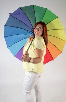 איריס לוי, מרכז חיים בצבע
