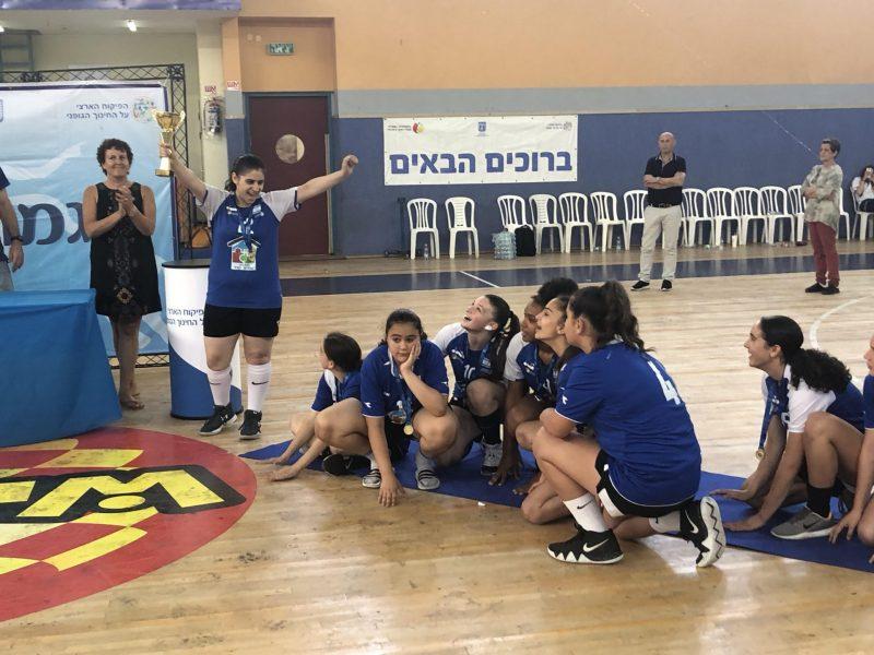 בנות נבחרת הכדוריד. צילום: קציר, חולון