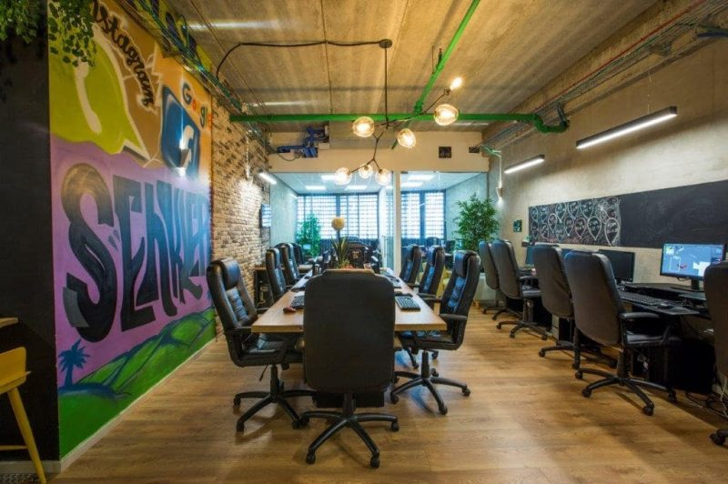 עיצוב משרדים צעיר ואנרגטי. צילום: עידן גור