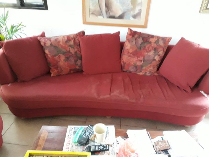 מחדשים רהיטים וחוסכים כסף. צילום: זהבה ממן.