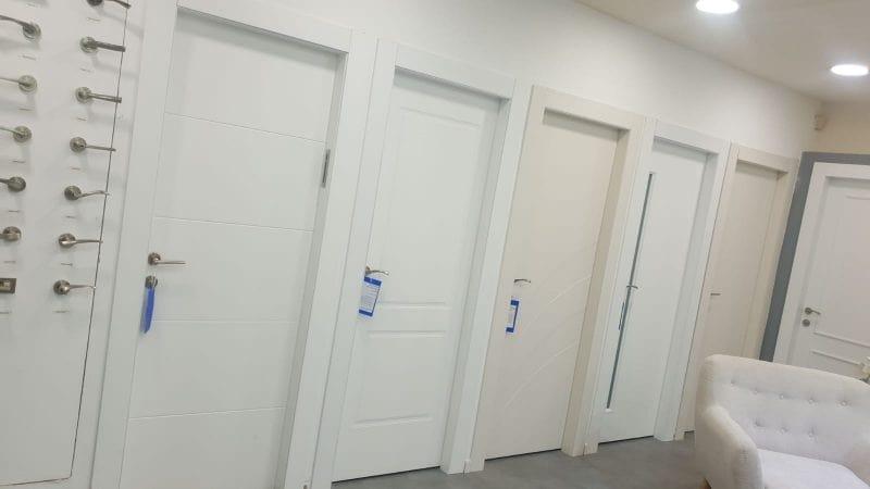 """""""הלקוחות מקבלים דלתות פנים מעוצבות באופן שהכי מתאים ונכון להם"""" (צילום עצמי)"""