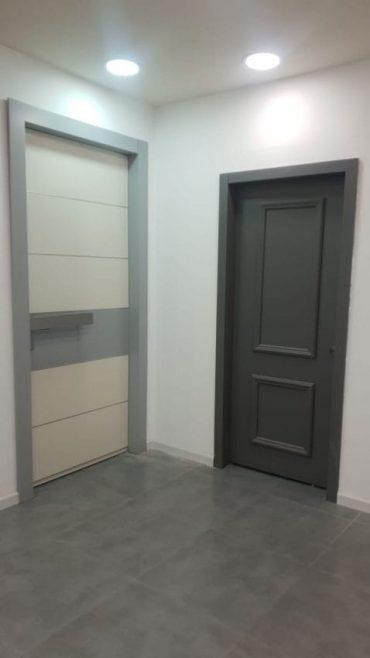 ניתן להזמין דלתות בהתאמה אישית ולהעניק להן את הטאצ' הייחודי שלכם (צילום עצמי)