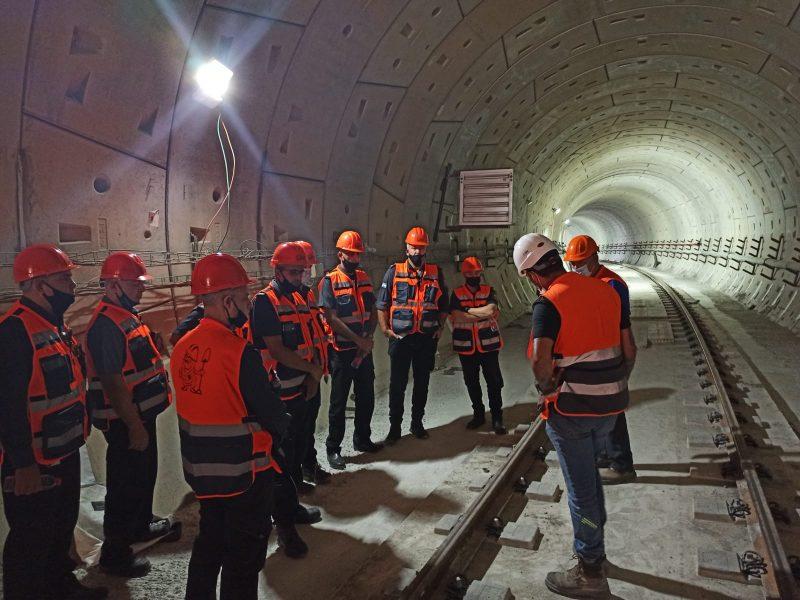 כיבוי חולון במנהרת הרכבת הקלה