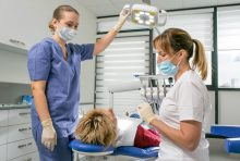 מתי עדיף לפנות למרפאת שיניים פרטית? צילום: אהוי קריאייטיב ויזמות בע''מ