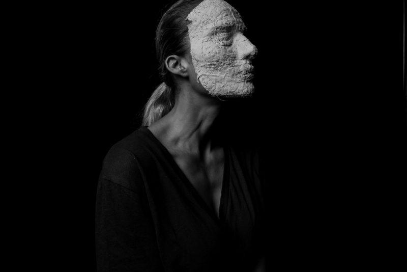 אילנית לוי לפרויקט המסכה - צלם עידו לביא
